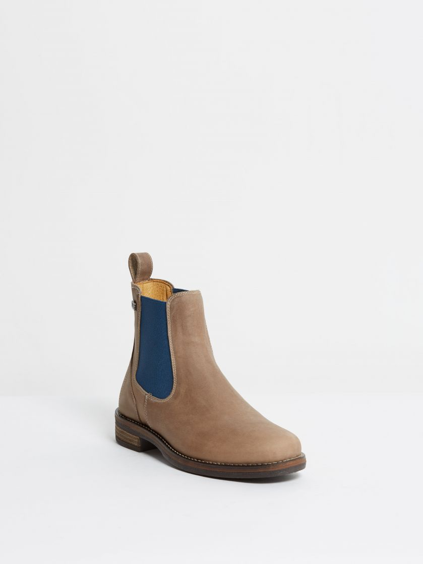 Kingsley Amsterdam Chelsea Boots gaucho grey, jeans blue front view